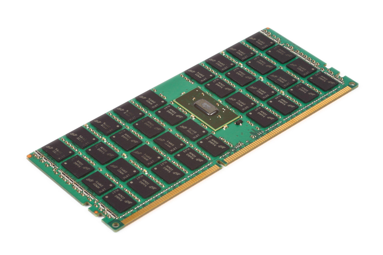 搭載 LRDIMM 的伺服器解決方案,使您能夠在每個通道中新增更多 DIMM 並增加記憶體容量。
